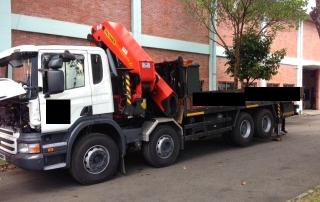 Truck-rear-camera-installation2-designer-ice